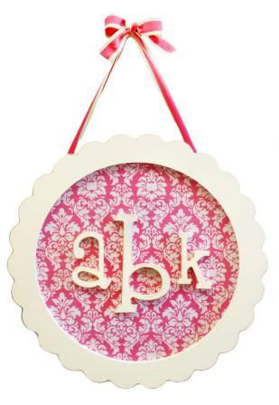 Circle Monogram Plaque