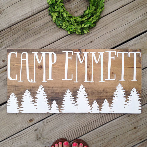 17 Adorable Ways To Decorate Above A Baby Crib: Camping Themed Nursery Ideas