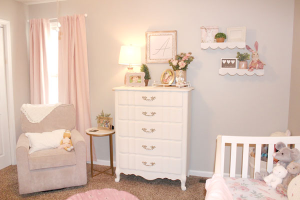 shabby chic nursery decor