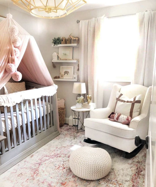 Farmhouse Nursery | Baby Girl Nursery Decorating Ideas