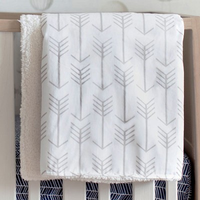 Ecru Arrow Faux Fur Baby Blanket | Be Brave Crib Collection